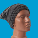 Ръчно плетена зимна шапка